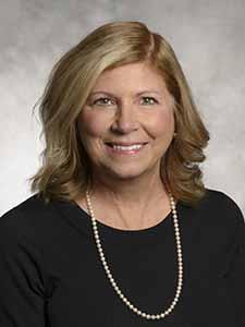 Terri Giltner headshot
